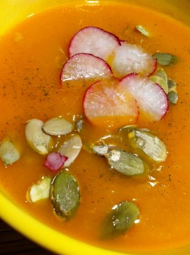 soupe, butternut, kub, clous de girofle, ail de l'ours