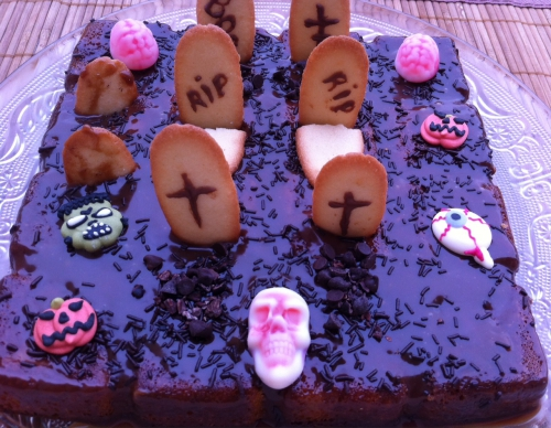 halloween, dessert, gâteau cimetiere, langue de chat, fantomes, tete de mort, citrouille