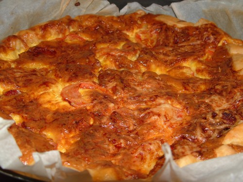 quiche, chorizo, jambon blanc, lardons, tomate