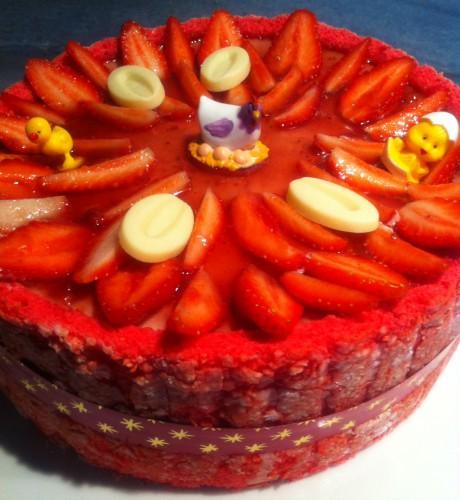 charlotte, fraises, biscuits à la cuillère, rose, coulis fraise, sirop, mousse fraise, cartouchière,