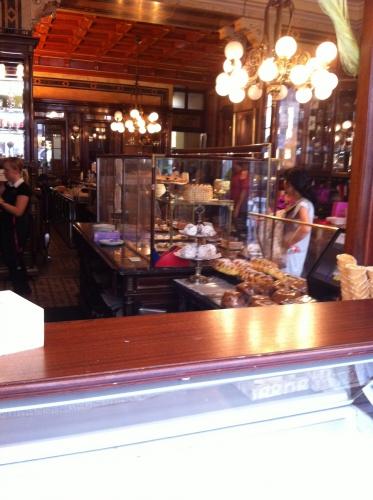 café viennois, patisserie, vienne, autriche, central, demel, schonbrunn