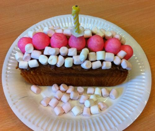 cake, pralinoise, fraise tagada, mini chamallows