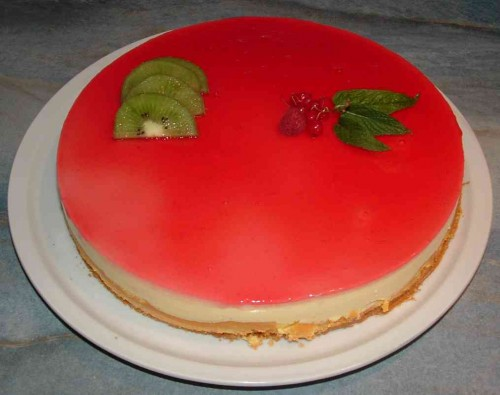 entremet fraise groseille2.jpg