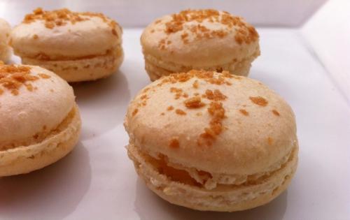 macarons, fruit de la passion