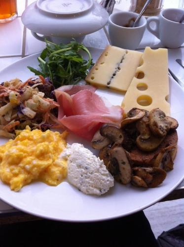café albertine,rue lanjuinais,rennes,solenn,brunch