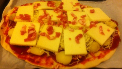 pizza, tartiflette, pommes de terre, coppa, comté, raclette, lardons, tomates