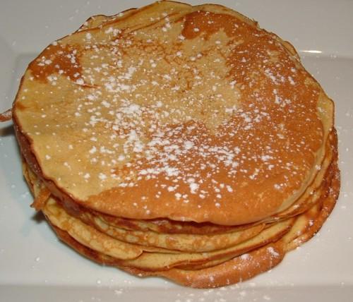 pancakes, fraise, chocolat blanc