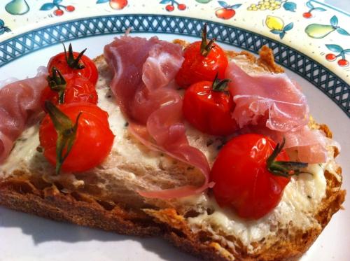 apéritif, boursin, jambon de pays, tomates cerise