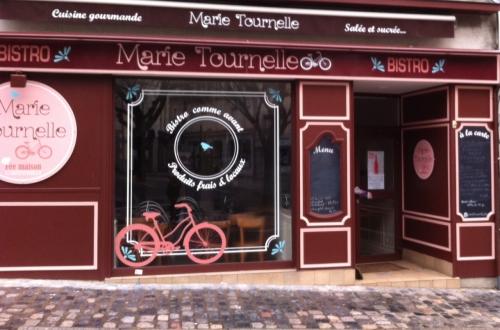 laval, Marie Tournelle, place des acacias, bio, salon de thé, bistrot