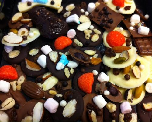Schtroumpf, sucette, chocolat, valrhona, DIY, ivoire, fraise tagada, mini chamallow