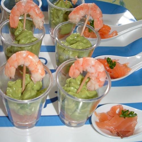 verrines avocat saumon crevettes.jpg