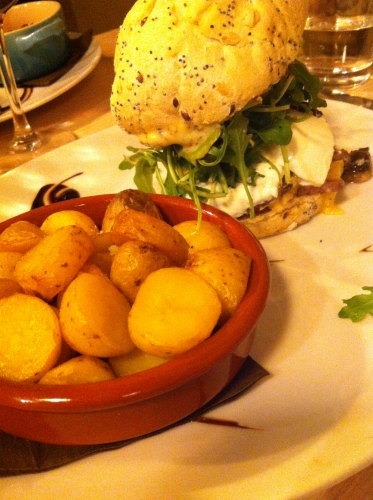 burger,by sainbioz,nantes,veggie,brownies,assiette gourmande