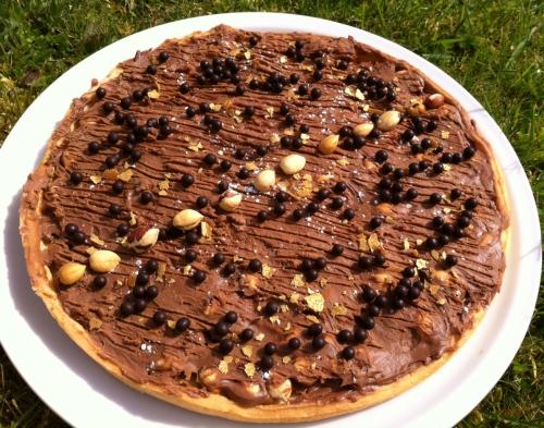 tarte, pâte sablée, caramelia, chocolat, noisettes, valrhona