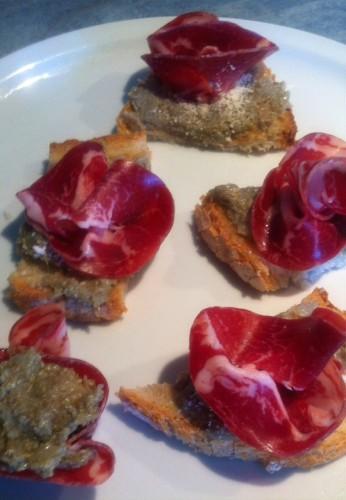 caviar, artichaut, coppa, parmesan