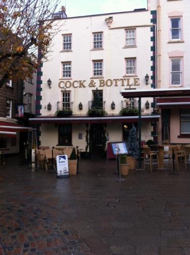 jersey,pub,saint-hélier,royal hotel,saint-malo
