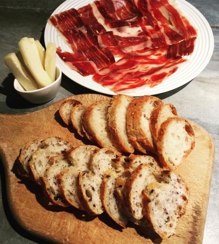 pata negra, bellota, jambon ibérique, toast, pommes, maldonado,